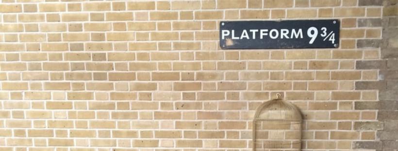 platform 9 3/4s in kings cross station, london