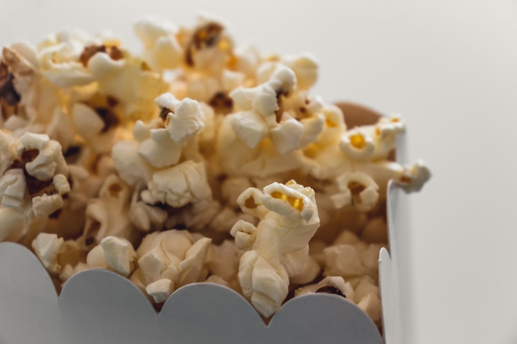 popcorn - have a harry potter movie marathon - harry potter bucket list