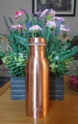 copper water bottle - alternatives to common plastic items