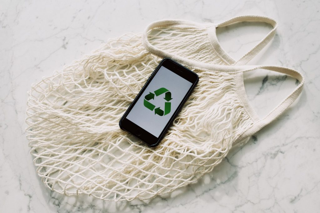 avoid greenwashing - ethical shopping guide